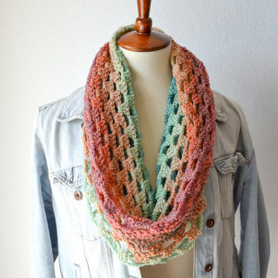 Sweetheart Cowl Crochet Pattern