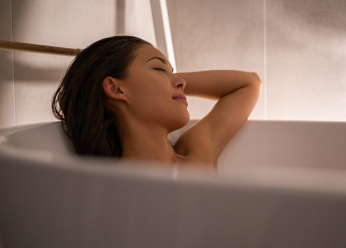 woman relaxing in an aromatherapy bath