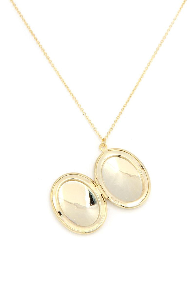 Oval Shape Locket Metal Necklace - Hype Fashion