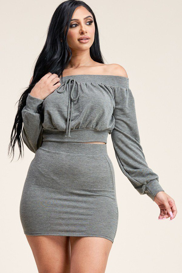 Jazzy Off The Shoulder Two Piece Set - Hype Fashion