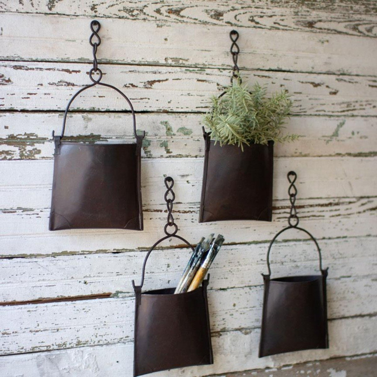 Hanging Iron Pockets Set 4 Accents