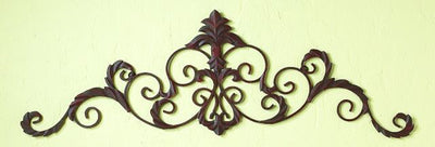 Scroll Leaf Wall Frieze
