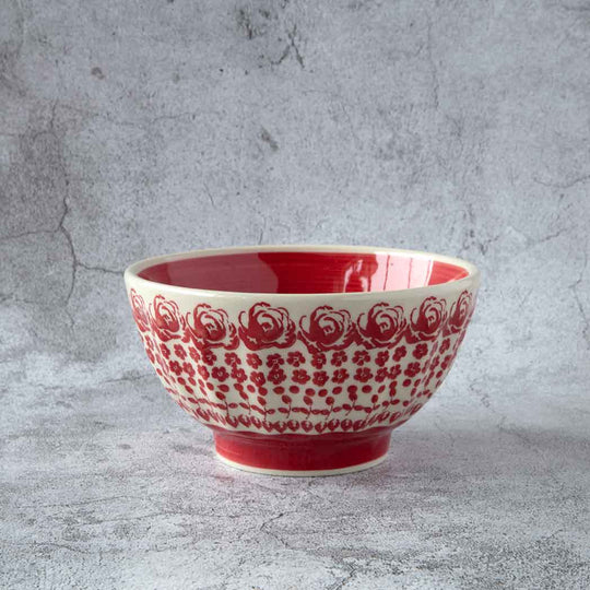 Polish pottery side bowl from gz33 collection grooved and covered with delicate roses pattern and strong red planes