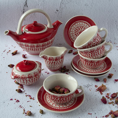 ceramic hand-decorated coffee tea set from gz33 roses collection that comprises teapot, sugar bowl, creamer and cups with saucers