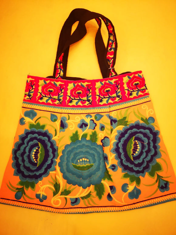 Hmong embroidered XL Light orange Flower bag Bag Kwaitokoeksister