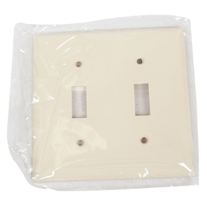 "PLASTIC 4"" X 4"" 2 GANG TOGGLE SWITCH PLATE COVER IVORY"