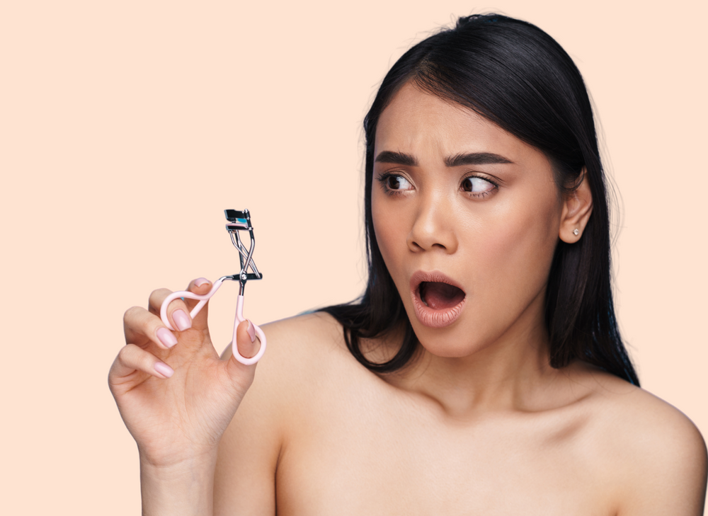 Can Eyelash Curlers Damage My Lashes?