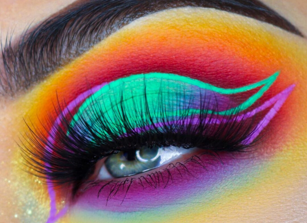10 Amazing Eye Makeup Looks