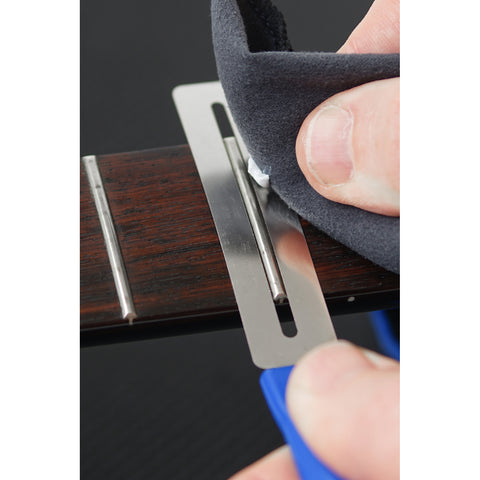 "Music Nomad MN124 FRINE Fret Polishing Kit-FRINE Fret Polish, 3 Fretboard Guards, 8""x6"" Cloth"