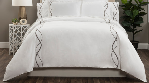 CAPRI EMBROIDERED DUVET COVER