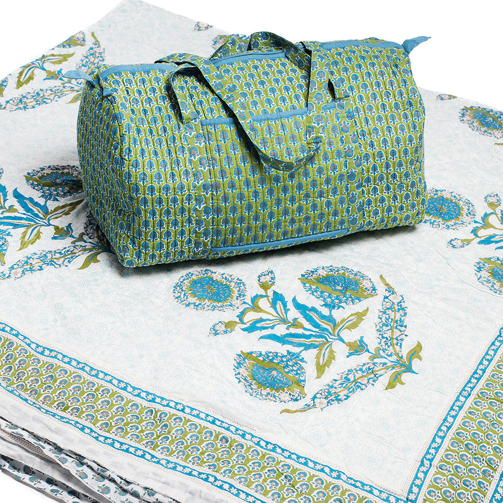 Iris Picture - Quilt and Weekender Bag