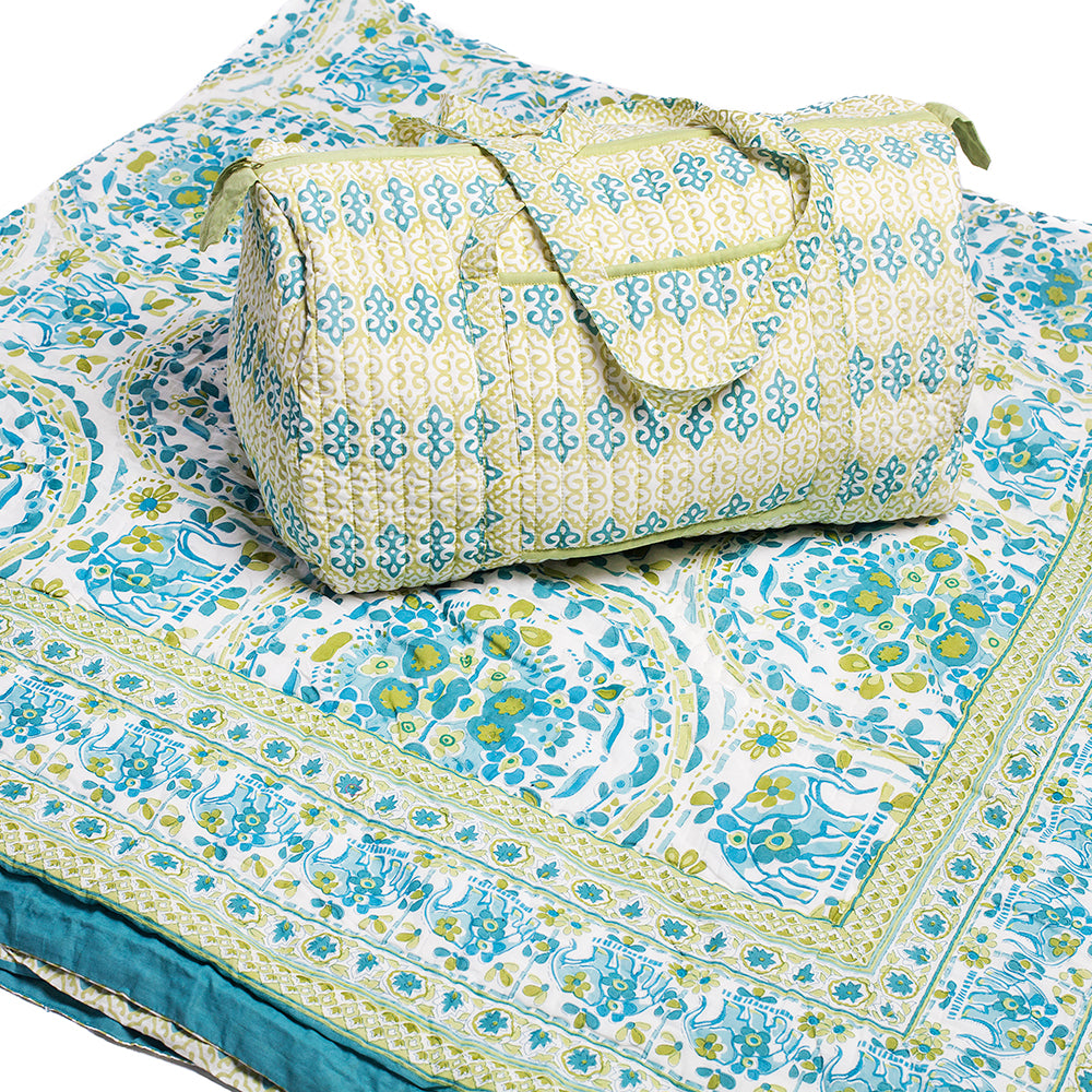 Sage Picture - Quilt and Weekender Bag