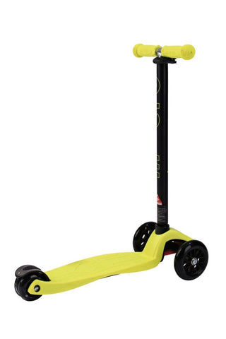Image of Scooter Maxi Micro Classic Neon Yellow / Amarillo Neón