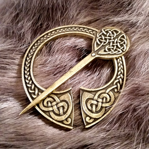 Fenris Cloak Pin Brooch Penannular Bronze Knotwork Celtic