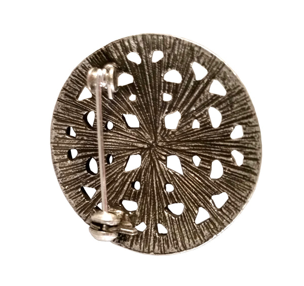 brooch round silver viking celtic sca larp cloak coat tunic