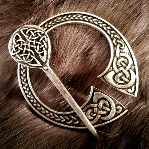 brooch penanular cloak silver celtic viking sca larp irish