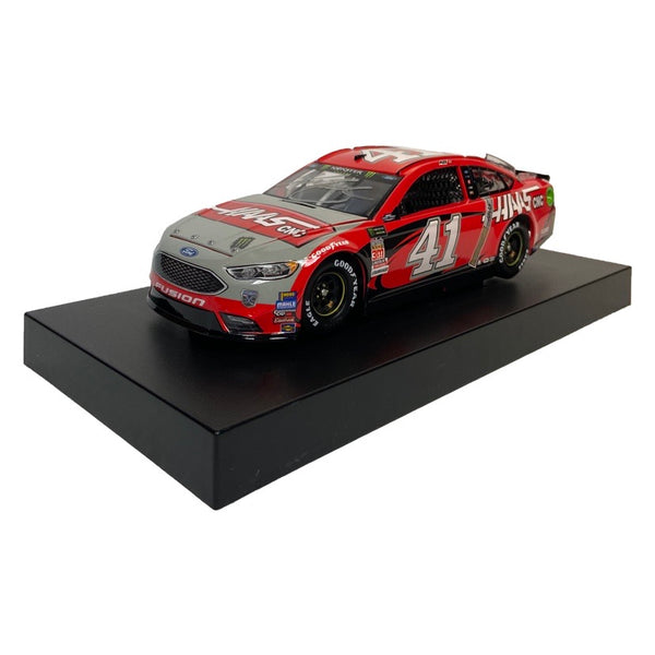 #41 2018 Autographed Kurt Busch Darlington Throwback 1:24 Diecast - kurtbusch