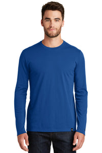New Era  Heritage Blend Long Sleeve Crew Tee. NEA102