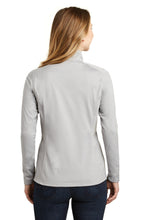 Load image into Gallery viewer, The North Face  Ladies Tech 1/4-Zip Fleece. NF0A3LHC