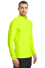 Load image into Gallery viewer, OGIO ENDURANCE Nexus 1/4-Zip Pullover. OE335