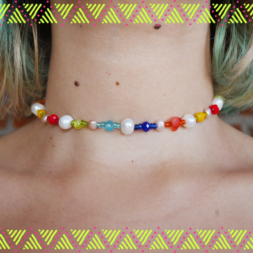 Rainbow Pearl Neck