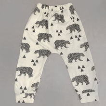 Load image into Gallery viewer, Baby Toodler Geo Bear Leggings