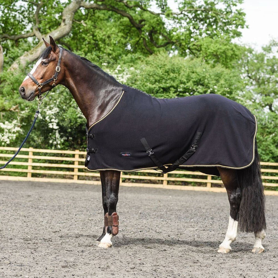White Horse Equestrian Dash Fleece Rug Black