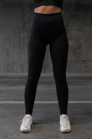 607 - Black full length pants