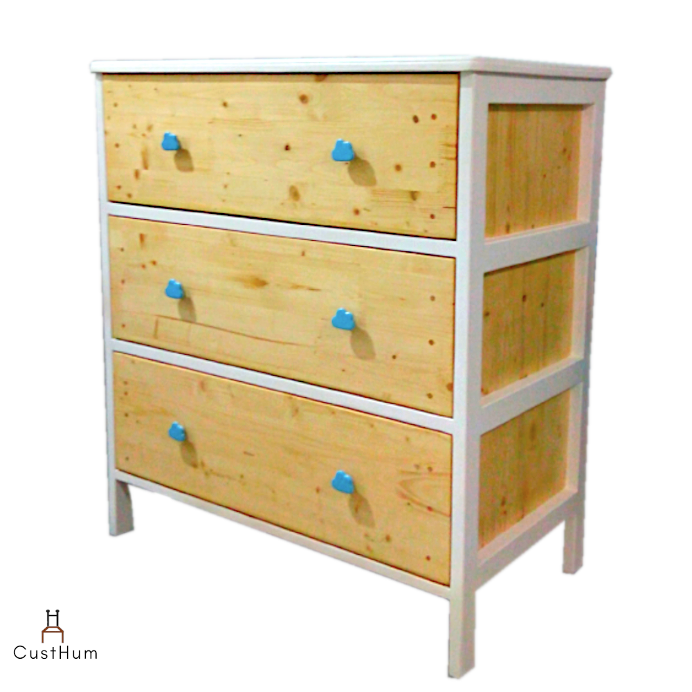 CustHum-Arendelle-chest of drawers with cloud shaped handles (profile view)