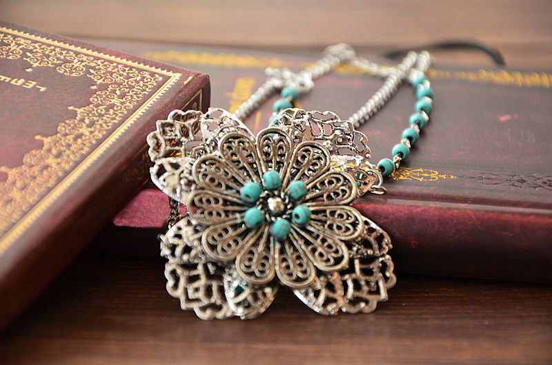 Women's Beautiful & Fun Boho Flower Head Chain - Fashion-Beach.com