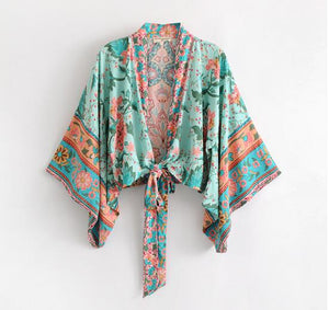 Women's Beautiful Tropical Batwing Crop Top - Fashion-Beach.com