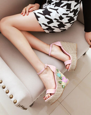 Women's Beautiful Wedge Espadrille Flower Sandals - Fashion-Beach.com