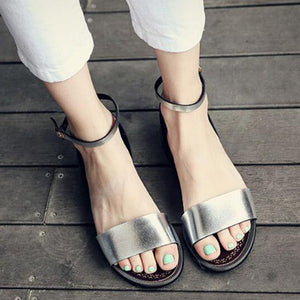 Women Sandals Metallic Flats Gladiator PU Leather Beach  Heels Summer Shoes Ladies Flat Shoes 2018 Female Footwear Size 33-46
