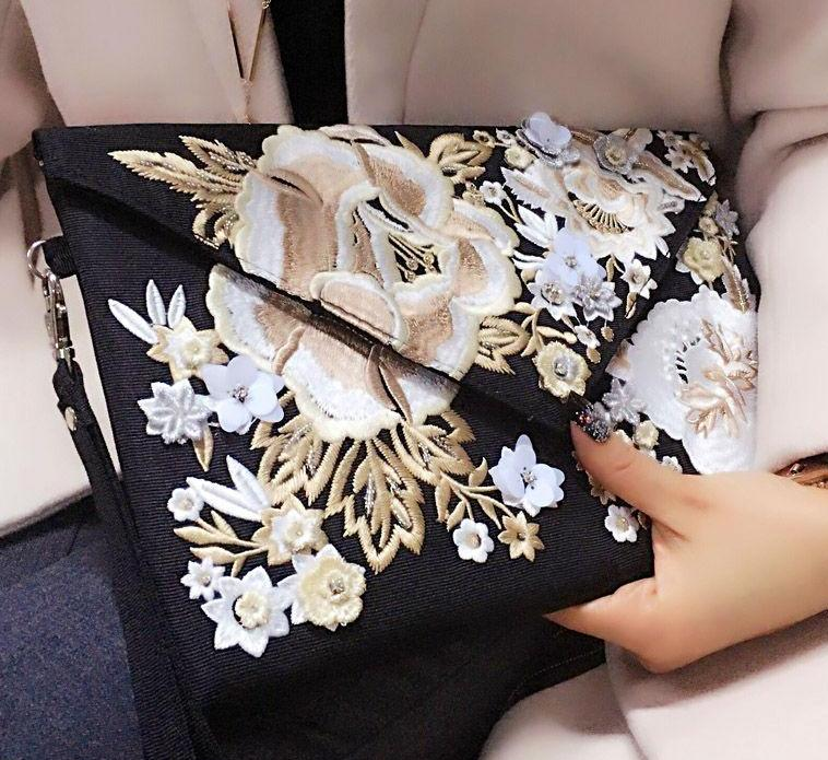 SALE Beautiful Embroidered Boho Flower Envelope Clutch Purse Floral Ethnic Fashion Wrist Handbag - FREE  Shipping - Fashion-Beach.com