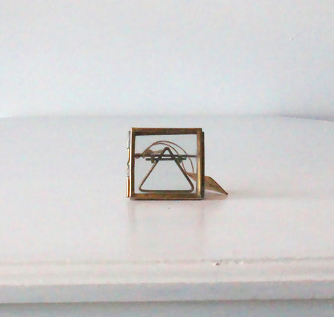Tiny Folded Danta Frame - Antique Brass