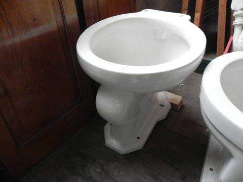 Antique Standard Toilet Bowl in White with Standard Back Spud