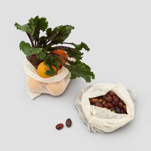 Load image into Gallery viewer, Reusable Cotton Mesh Produce Bag with Olvies, oranges and beetroot |'JENTL