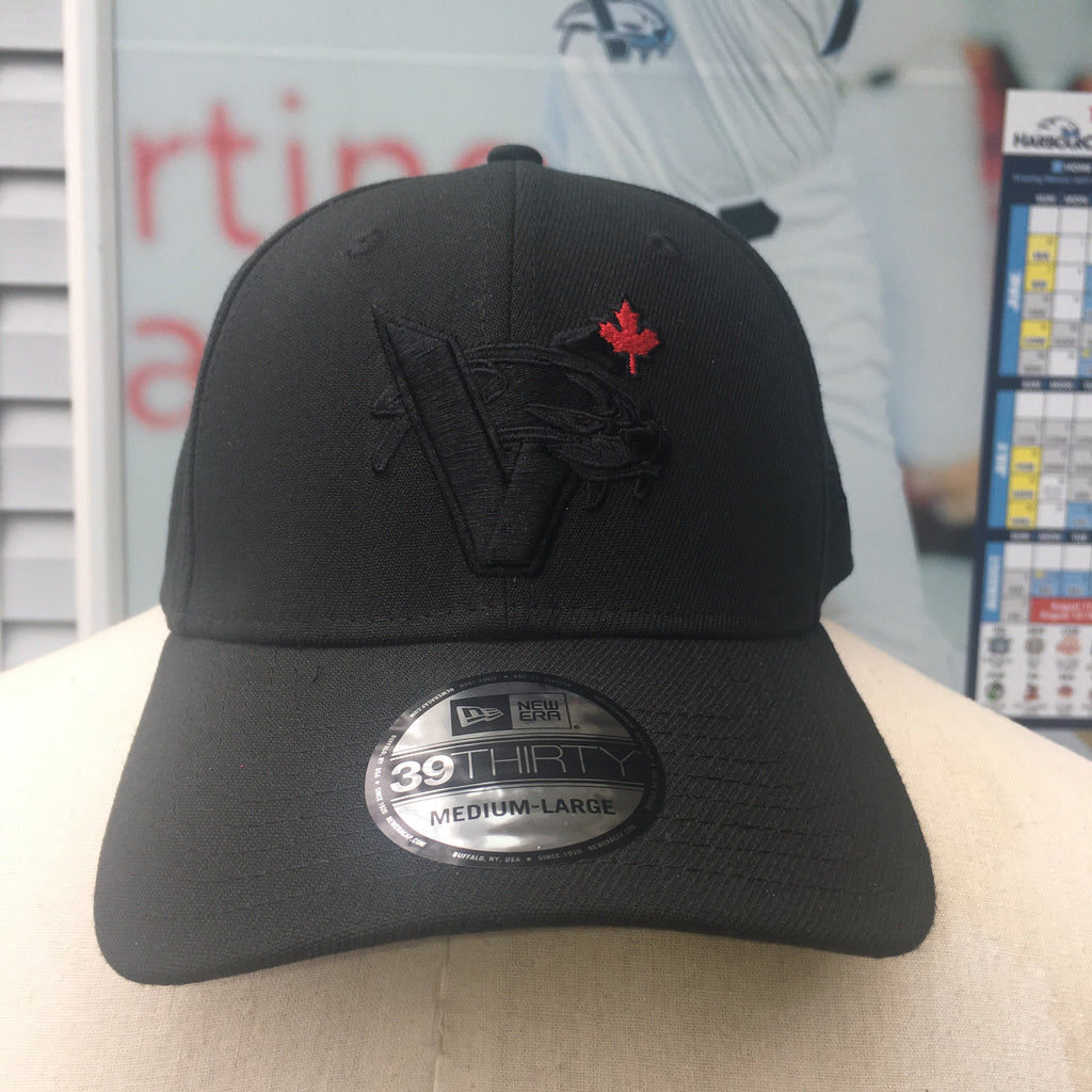 New Era Blackout VCAT MAPLE LEAF FLEX-FIT