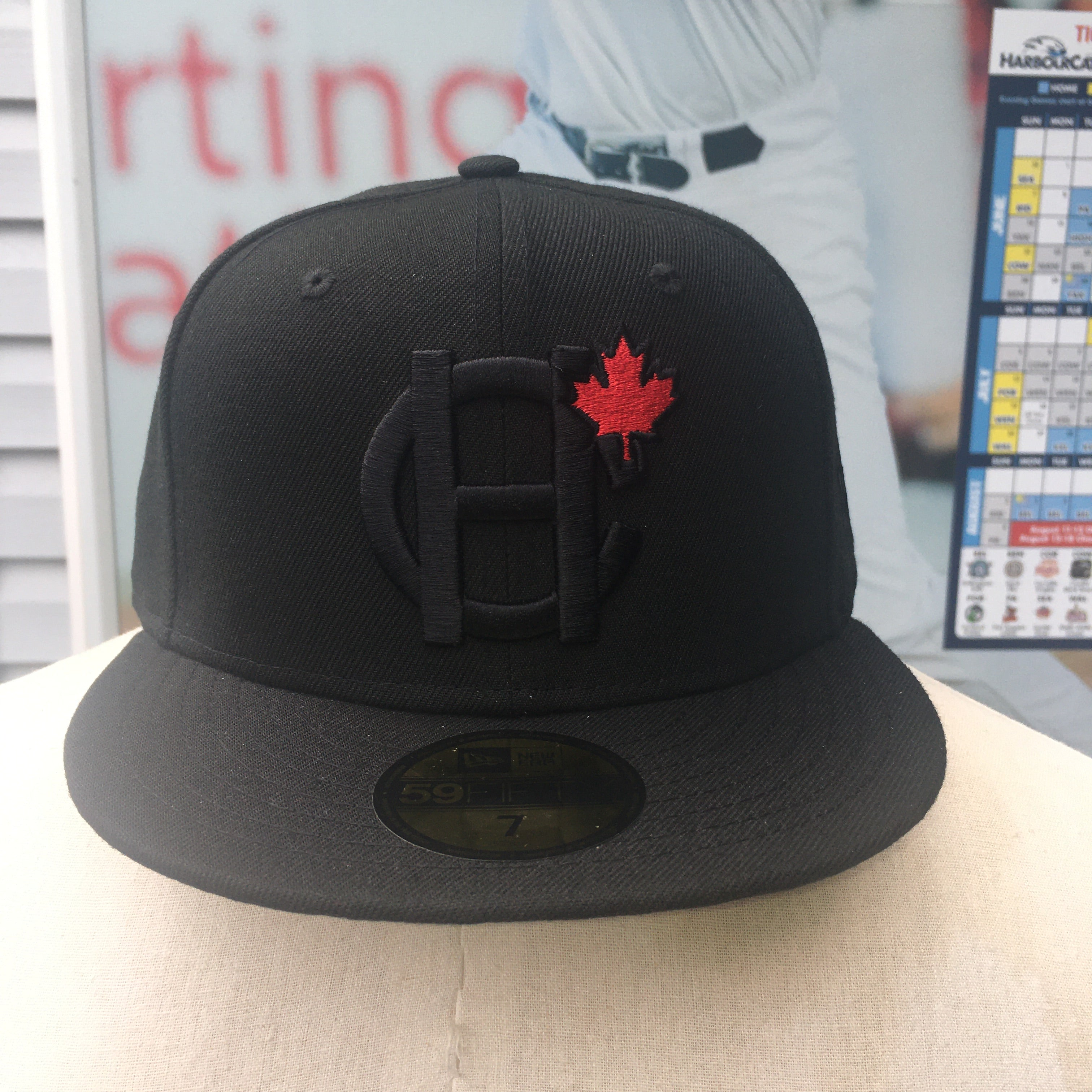 New Era Blackout HC MAPLE LEAF Pro Fit 5950
