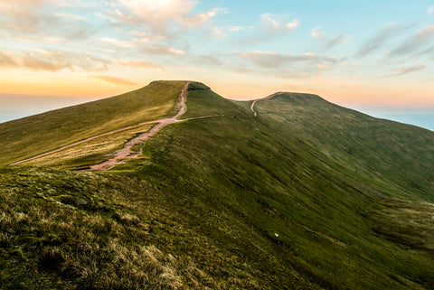 pen y fan summit | pen y fan reward | pen y fan height | Apex.International
