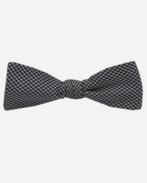 Corbin Houndstooth Bow Tie Black/White