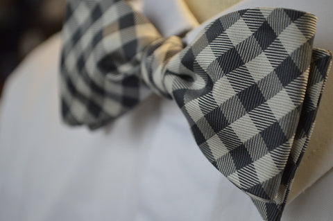 MacKenzie Check Bow Tie Grey/White