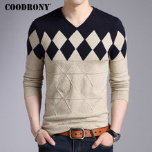 Load image into Gallery viewer, COODRONY Cashmere Wool Sweater Men 2019 Autumn Winter Slim Fit Pullovers Men Argyle Pattern V-Neck Pull Homme Christmas Sweaters - 350 Graphic Design