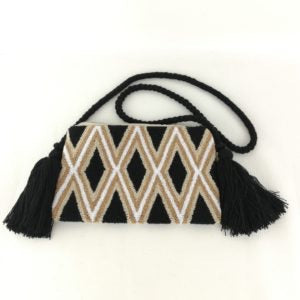 Between the Lines clutch