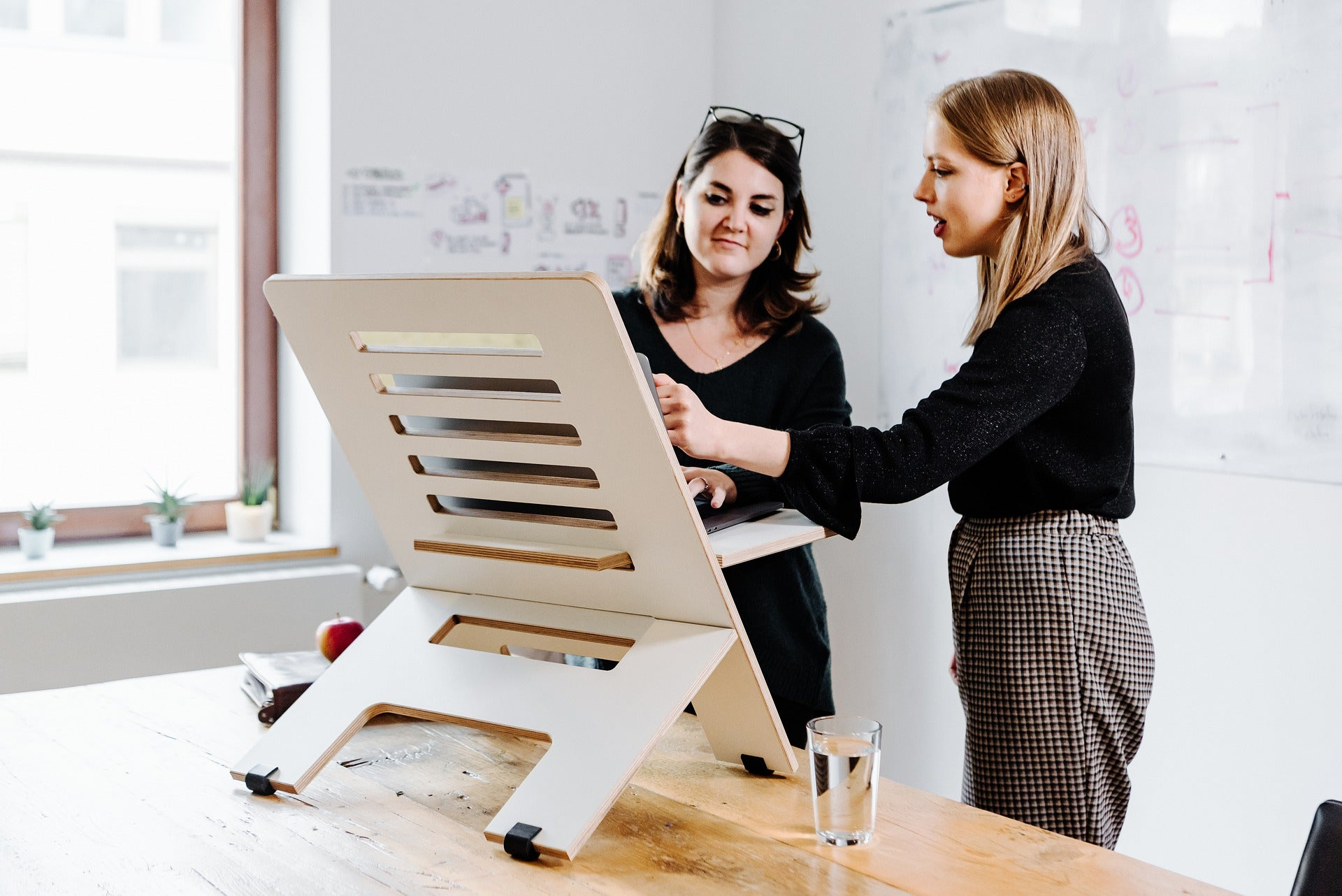 The Ultimate Guide to Standing Desks