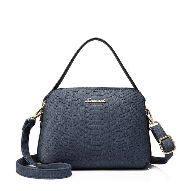 Woman small messenger handbag