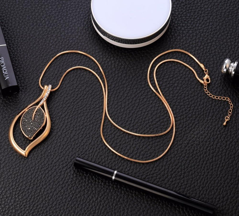 Vintage Necklaces For Women 2019 Statement Long Necklace Black Crystal Pendant with Snake Chain Fashion Sweater Jewelry Gift - Nova Sloth