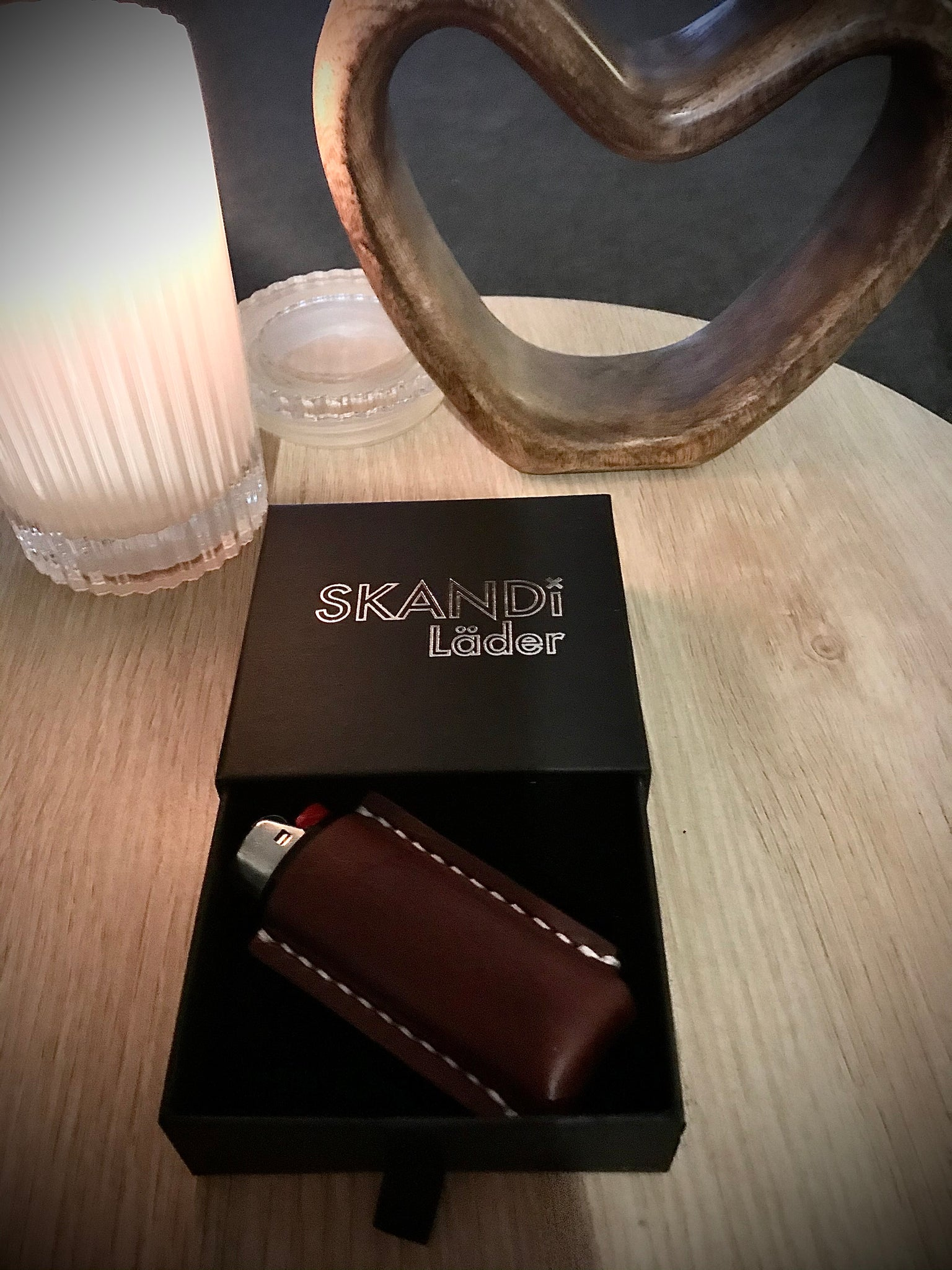 The SKANDi Artisan Leather Lighter Case