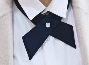 The SKANDi Smitten Cross-Over Tie