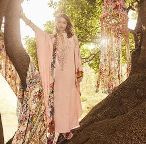 Ways To Wear: The Iconic Kaftan